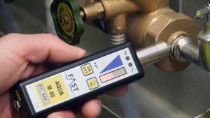 Affichage du niveau de bruit de fuite d'eau par bar graph et son