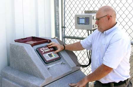 Configuration de l'échantillonneur d'eau poste fixe réfrigéré ISCO 5800